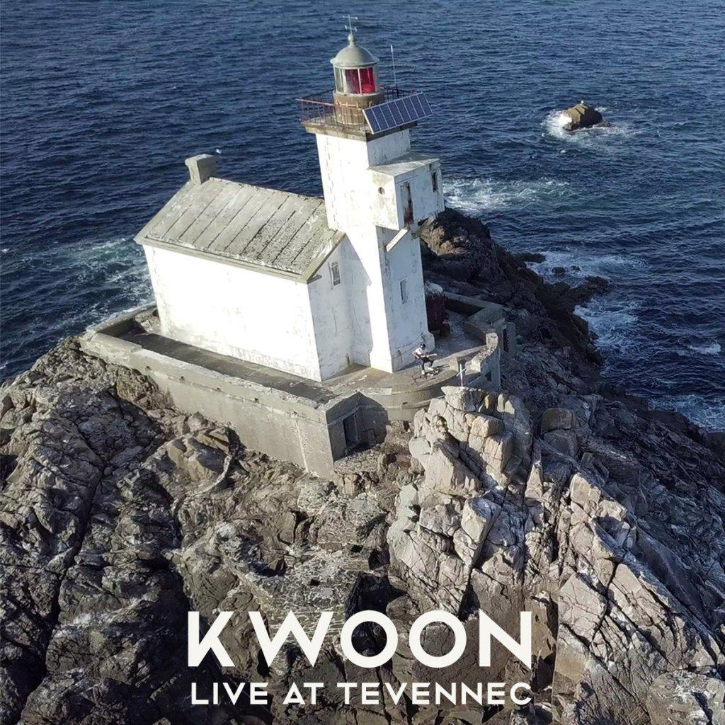 Kwoon live au Phare de Tevennec (Bretagne)